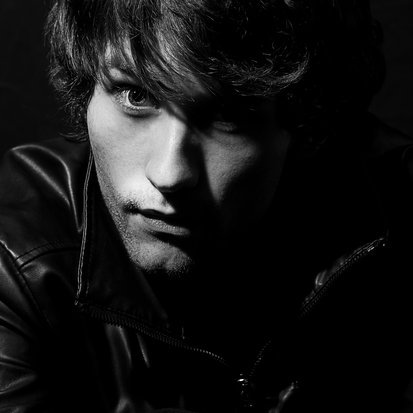 Sam Beeton is a talented, British singer/songwriter, who you might have seen supporting Charlie Simpson on his latest UK tour. I first heard of Sam when I'd read about the […]