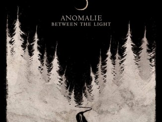 Anomalie Between The Light